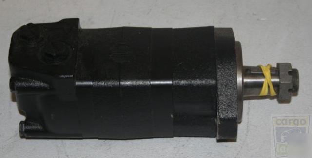New Eaton Char Lynn Hydraulic Motor 104 3158 006