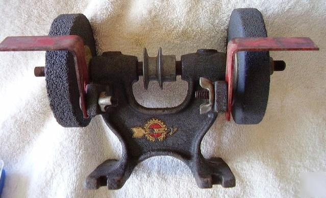 Vintage Prairie Double Wheel Arbor Bench Grinder