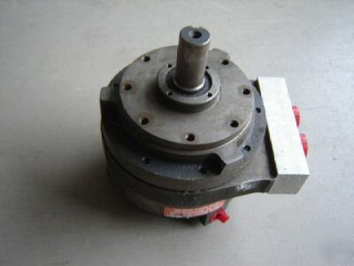 Von ruden hydraulic motor axial vane av 35 k 16 for Von ruden hydraulic motor