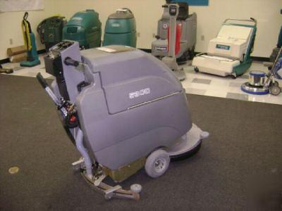 Tennant 5300 Floor Scrubber Autoscrubber Floor Cleaner
